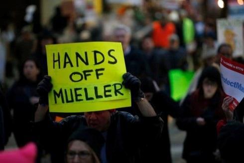 Một cuộc biểu tình ủng hộ ông Mueller. Ảnh: USA Today.