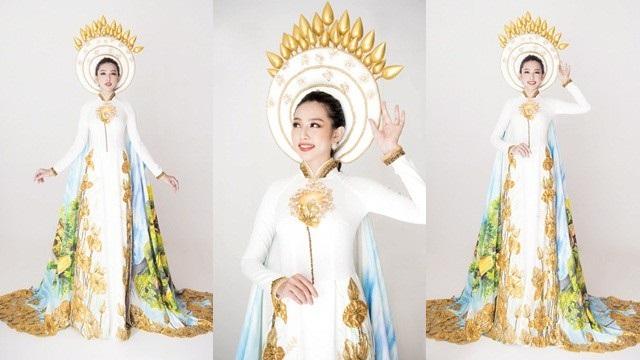 Bộ trang phục dân tộc được công bố lúc đầu có hình ảnh bông sen cài trên mấn.