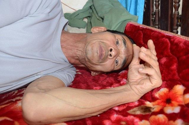 Ông Trần Văn Chức (59 tuổi), là cựu chiến binh từng làm nghĩa vụ quân sự ở nước bạn Lào.
