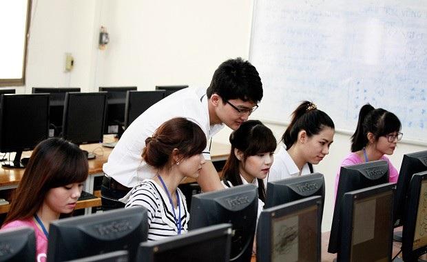 Các trường mong Bộ GD-ĐT sớm công bố phương án thi THPT quốc gia 2019.