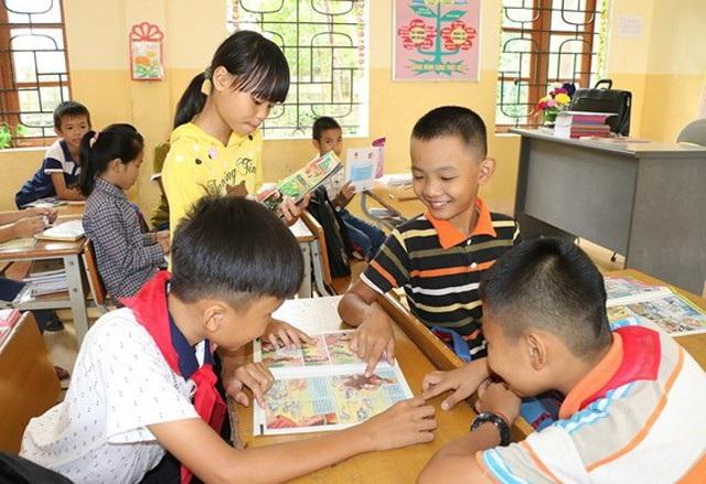 Việc dạy học 2 buổi/ngày ở Nghệ An sẽ được thực hiện trở lại bắt đầu từ giữa tháng 12/2018. Nguồn kinh phí thực hiện trên cơ sở thỏa thuận giữa phụ huynh và nhà trường có sự kiểm tra, giám sát của Ban đại diện cha mẹ học sinh và các cơ quan có thẩm quyền.