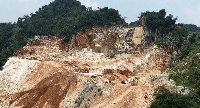 Khai thác, chế biến khoáng sản là một trong những nhóm ngành nghề có nguy cơ cao về tai nạn lao động. Trong 3 năm 2016-2018, trong lĩnh vực này đã xảy ra 10 vụ TNLĐ, làm 10 người chết, 6 người bị thương (ảnh N.Duy).