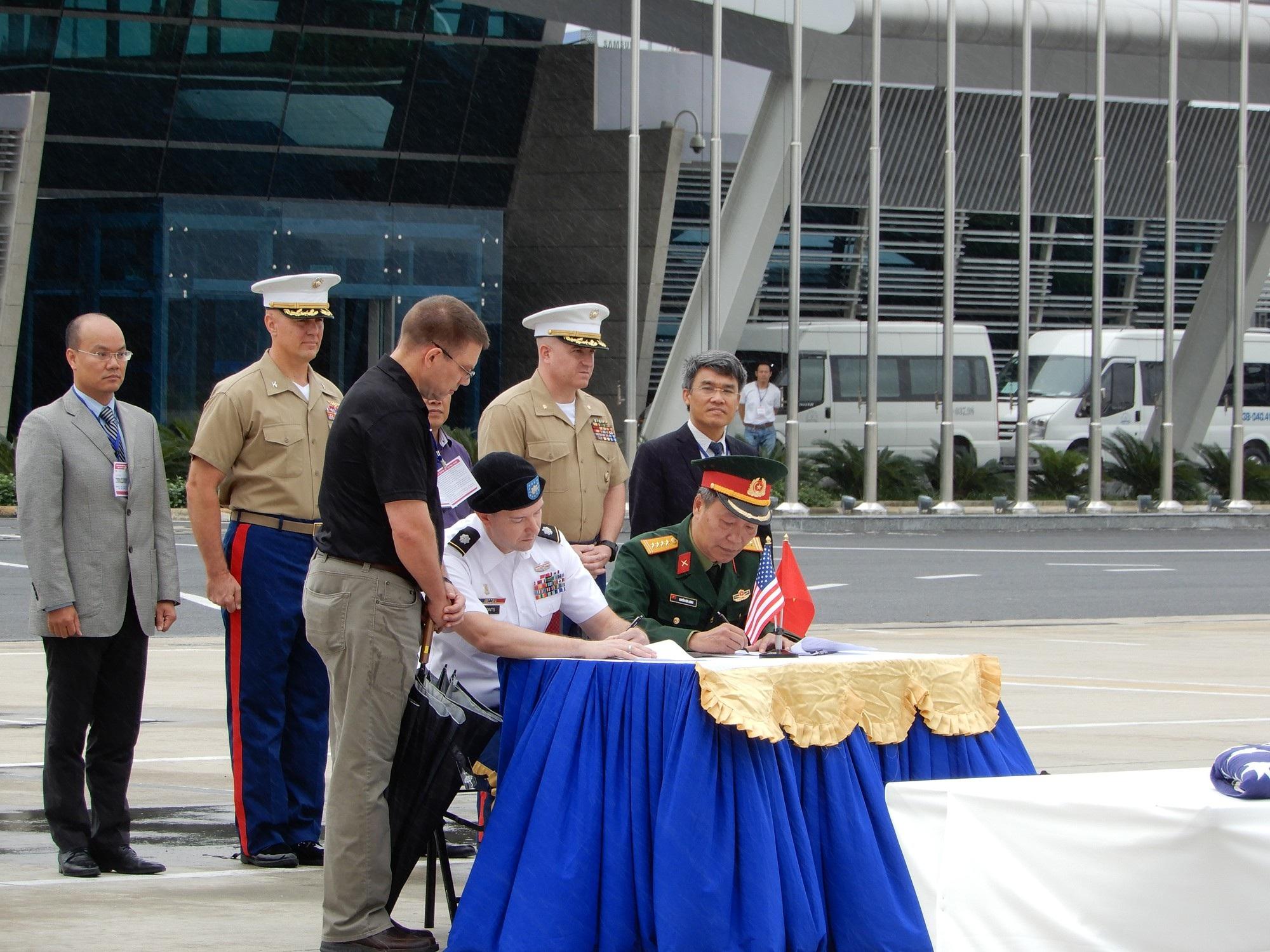 Việt Nam trao trả hài cốt quân nhân Hoa Kỳ lần thứ 147 - Ảnh 1.