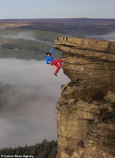 Thử thách gây sốc, tay không bám vào vách đá ở độ cao trăm mét - 3