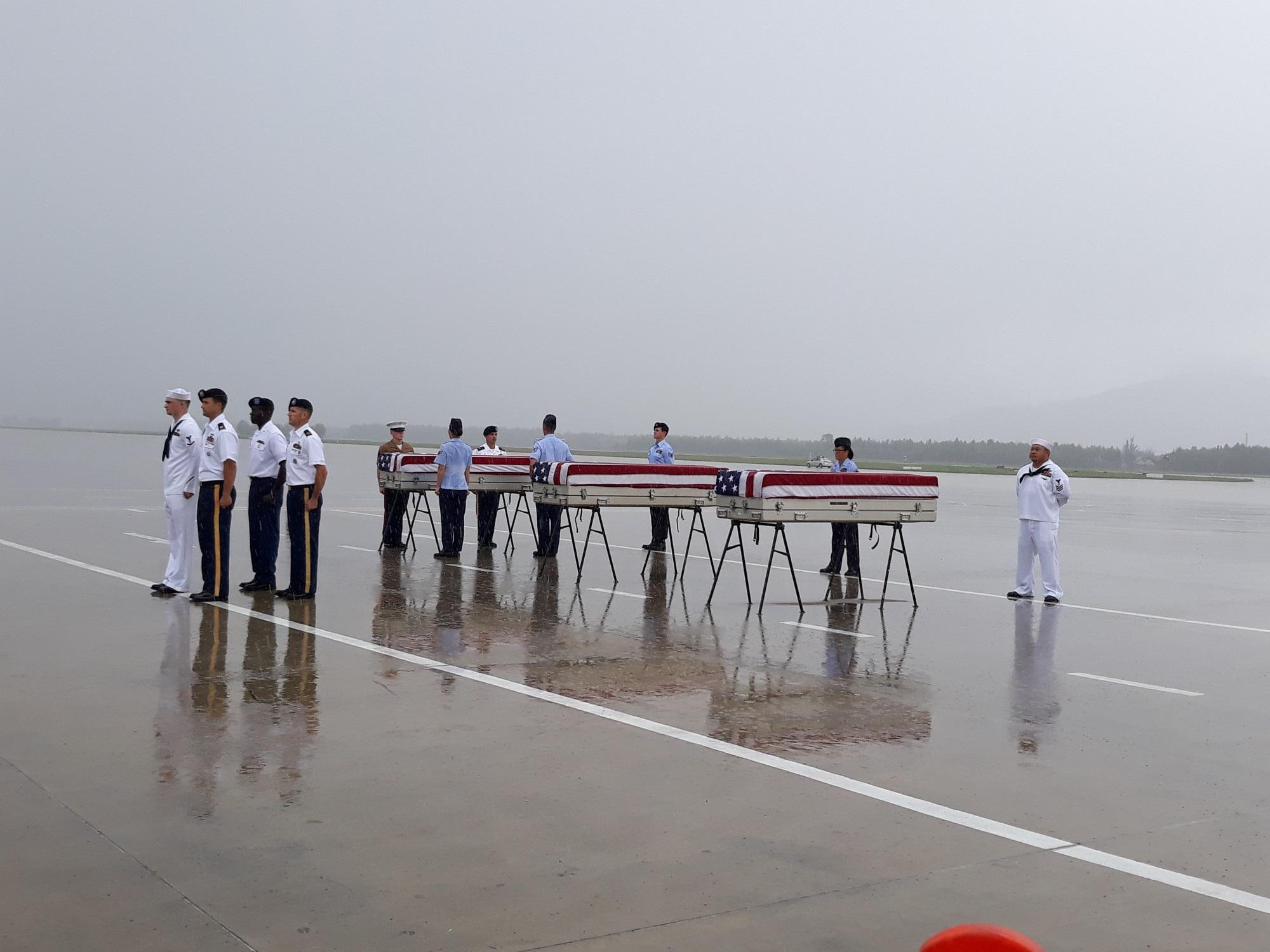 Việt Nam trao trả hài cốt quân nhân Hoa Kỳ lần thứ 147 - Ảnh 3.