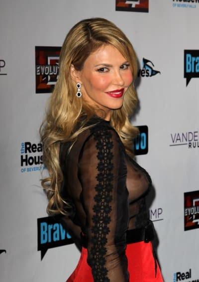 Brandi Glanville để ngỏ khả năng quay lại với show truyền hình Real Housewives of Beverly Hills vì cuộc sống của cô giờ đã có nhiều thay đổi theo chiều hướng tốt hơn.