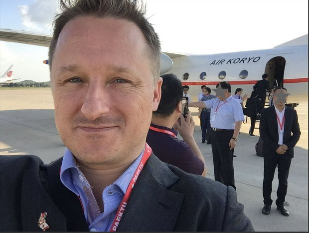 Ông Michael Spavor - người hiện bị phía Trung Quốc bắt giữ (Ảnh: Twitter)