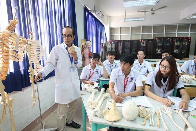 Lần đầu tiên thành lập Trung tâm nghiên cứu liên ngành về khoa học sức khỏe - 2
