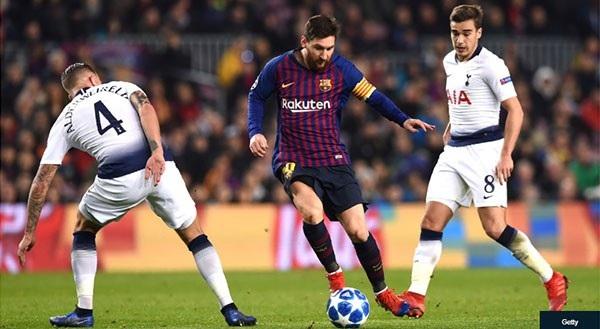 Dù không ra sân nhiều nhưng Messi vẫn tỏa sáng ở vòng bảng
