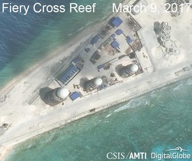Ảnh vệ tinh ngày 9/3/2017 chụp hệ thống radar phi pháp của Trung Quốc tại khu vực phía đông của đá Chữ Thập thuộc quần đảo Trường Sa của Việt Nam (Ảnh: CSIS/AMTI)
