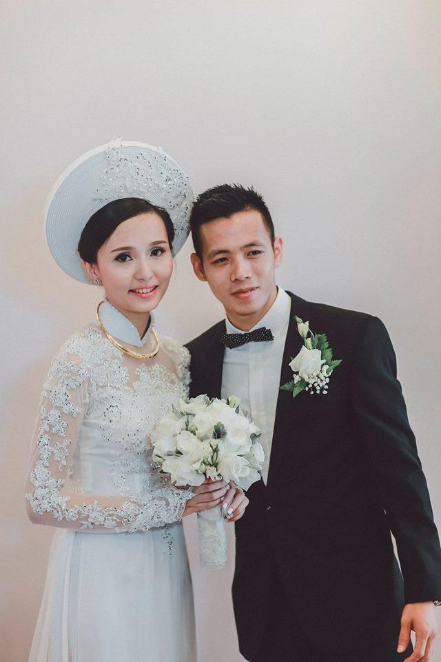 Vợ chồng Văn Quyết kết hôn năm 2015