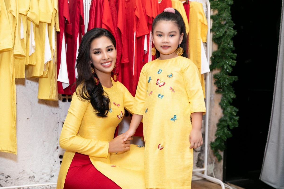 Hoa hậu Tiểu Vy khoe nhan sắc cuốn hút sau Miss World 2018 - Ảnh 4.