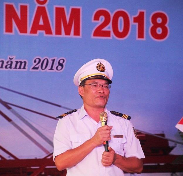 Ông Vũ Thế Quang, Giám đốc Cảng vụ Hàng hải Quy Nhơn phát biểu tại buổi lễ.