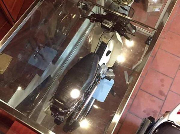 Dàn Honda Dream biển tứ quý hét giá hơn 1 tỷ đồng, đổi ngang Camry - 1