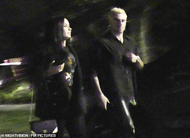 Cặp đôi này liên tục bị bắt gặp đi chơi cùng nhau kể từ khi Demi Lovato rời trại cai nghiện cách đây ít tháng