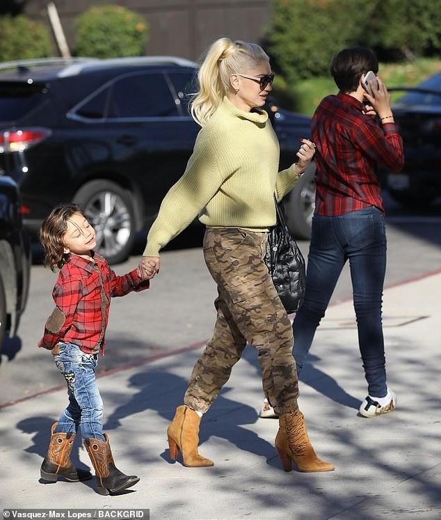 Ở tuổi 49, ca sỹ Gwen Stefani được coi là một trong những nghệ sỹ không tuổi ở Hollywood