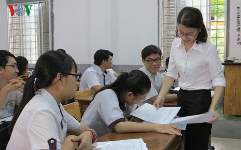 Nhiều HS, GV vẫn còn băn khoăn, lo lắng về đề minh họa thi THPT quốc gia năm nay.