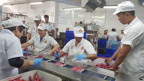 Với chính sách chăm lo chu đáo của doanh nghiệp, công nhân VISSAN an tâm đón Tết
