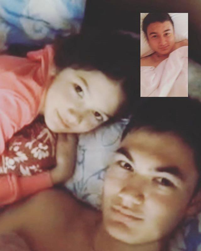 Văn Mạnh hiện đang sinh sống cùng gia đình tại Nga. Trên trang cá nhân, anh chàng thường xuyên chia sẻ những bài báo hay video clip nói về Văn Lâm...