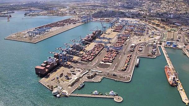 Cảng Haifa (Ảnh: Albatross Aerial Photography)