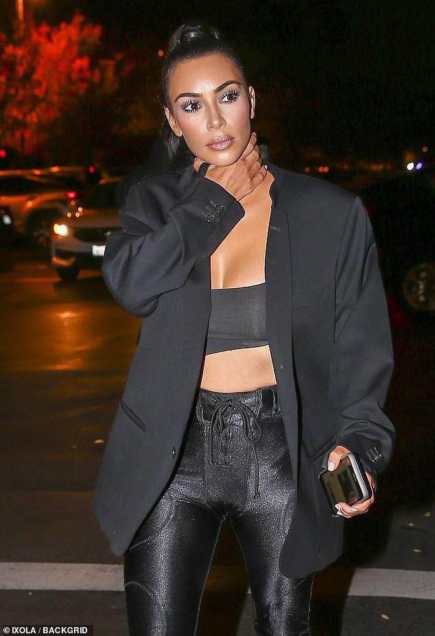 Kim Kardashian tập gym chăm chỉ suốt mùa hè và giảm cân như ý