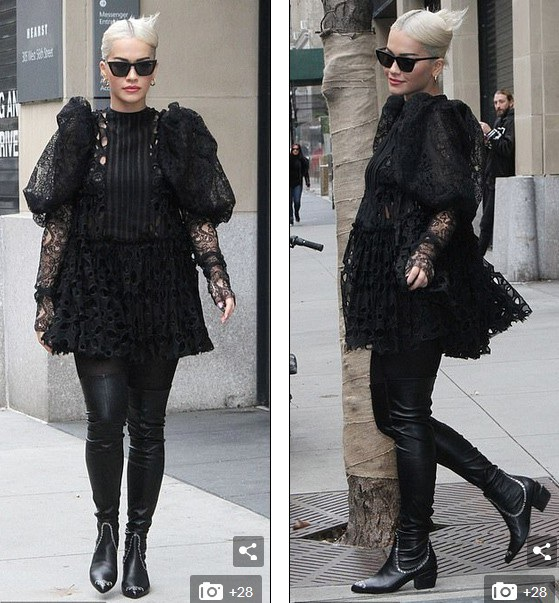 Rita Ora diện váy lạ mắt ra phố - 11