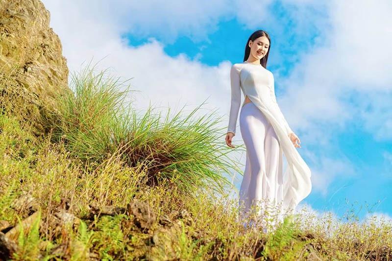 Ngắm tân Á khôi sinh viên Việt Nam xinh đẹp và học giỏi - Ảnh 8.