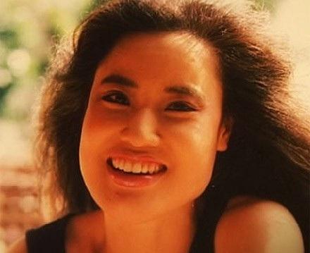 Han Mi Ok thời trẻ rất xinh đẹp và đằm thắm.