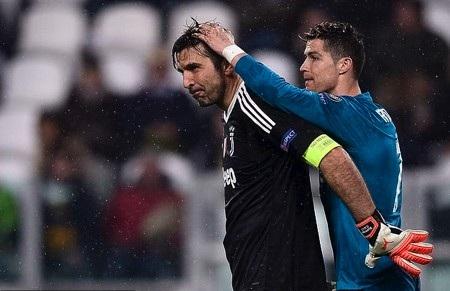 Nhiều người nuối tiếc khi Buffon và CR7 bỏ lỡ cơ hội làm đồng đội của nhau