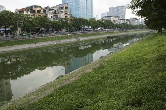 Các nhà khoa học mong muốn sông Tô Lịch được trong xanh như trước đây