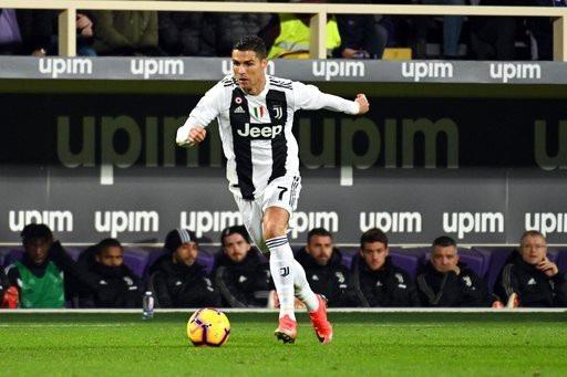 Fiorentina 0-3 Juventus: C.Ronaldo ghi bàn thứ 10 - 6