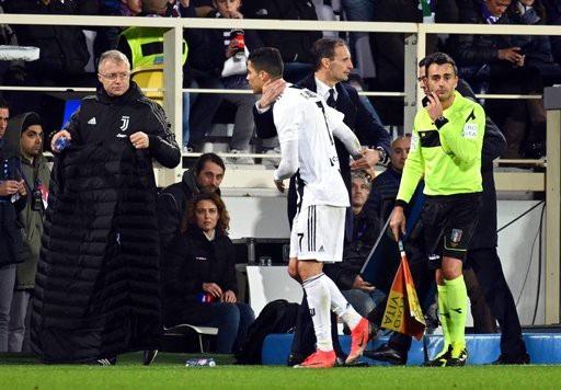 Fiorentina 0-3 Juventus: C.Ronaldo ghi bàn thứ 10 - 1