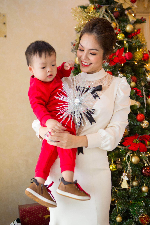Những bà mẹ đơn thân mới lộ diện của showbiz Việt - Ảnh 5.