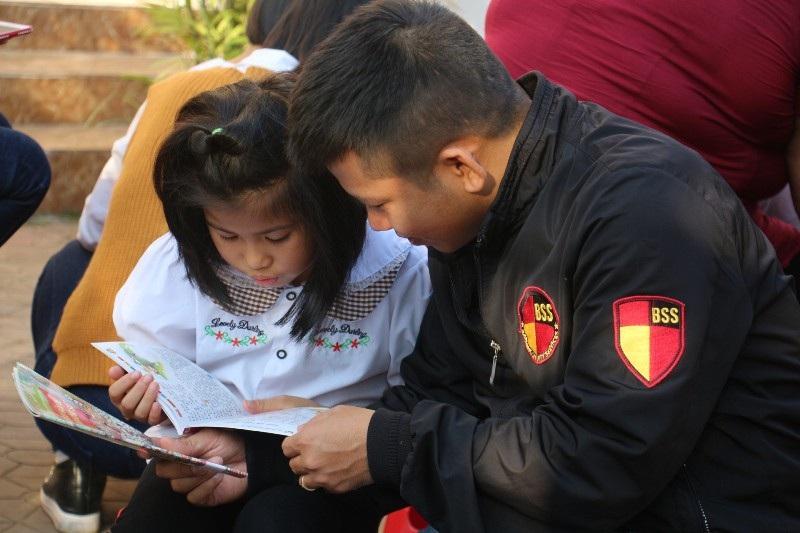 Học sinh, phụ huynh háo hức với Ngày hội đọc sách - Ảnh 6.