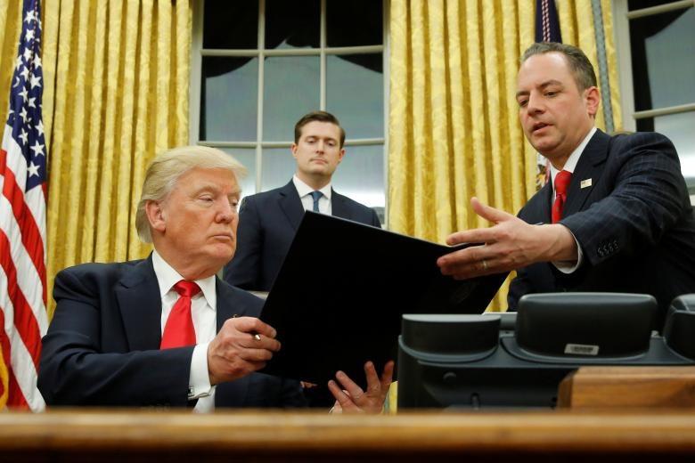 Hai năm làm Tổng thống, ông Trump sa thải số quan chức kỷ lục - Ảnh 16.