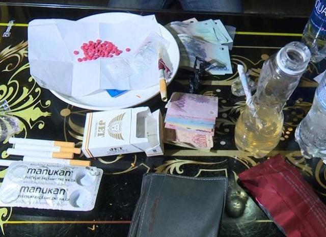 Bắt quả tang 6 đối tượng mua bán, sử dụng ma túy trong quán karaoke, internet - Ảnh 4.