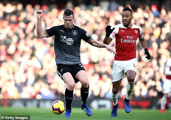 Arsenal 3-1 Burnley: Cú đúp của Aubameyang - Ảnh 2.
