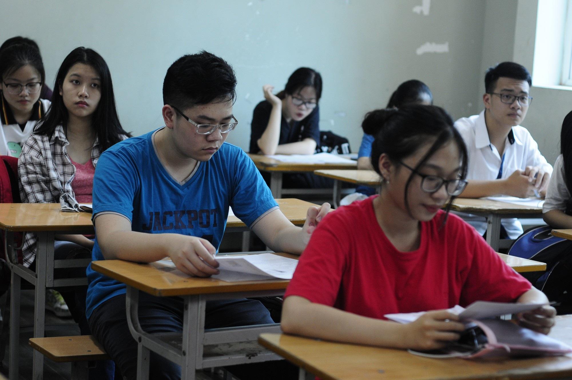"""Giáo viên băn khoăn về phần """"Làm văn"""" trong đề thi THPT quốc gia - Ảnh 2."""