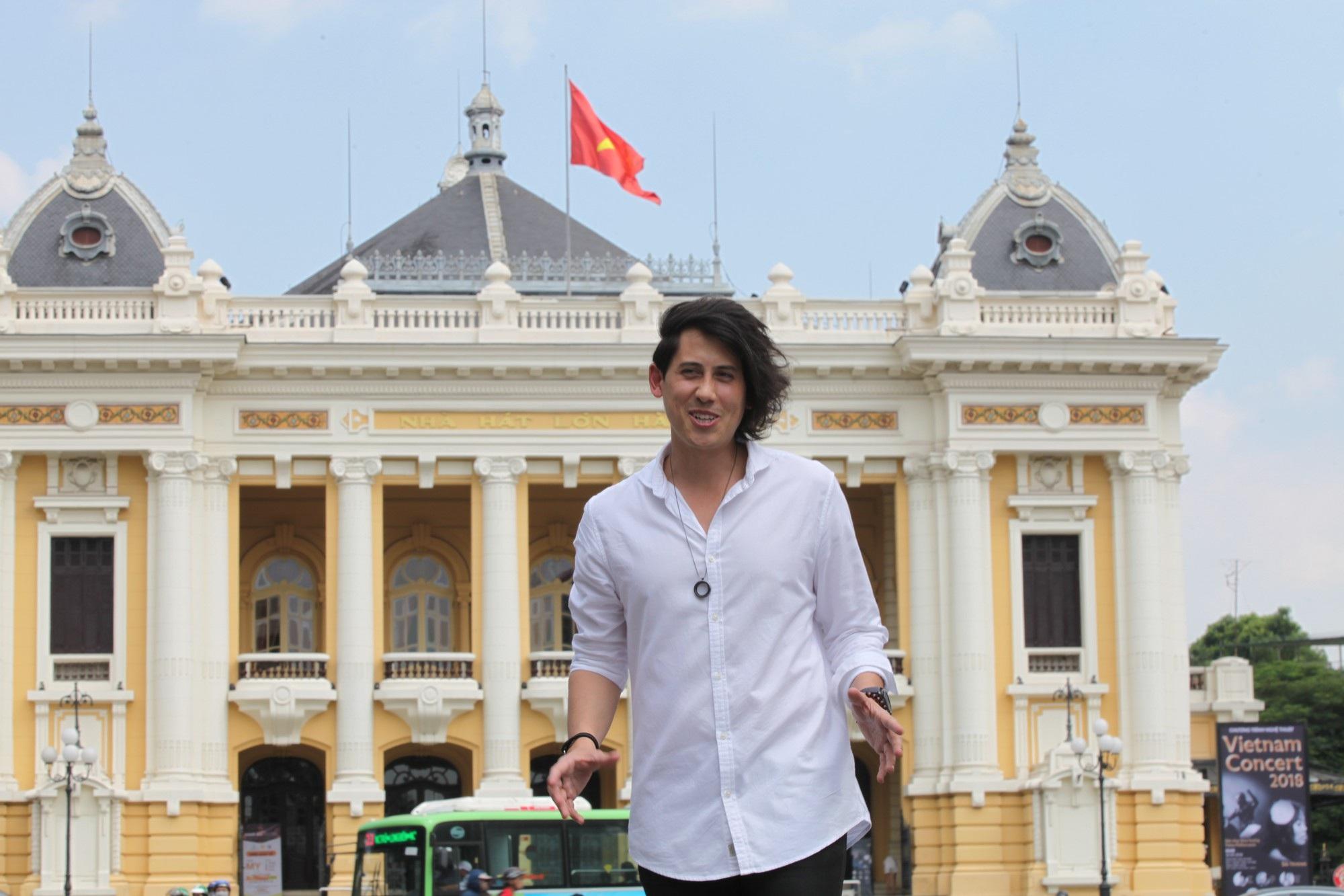 Chính thức phát sóng bộ phim đặc biệt về Việt Nam trên kênh Discovery - Ảnh 2.