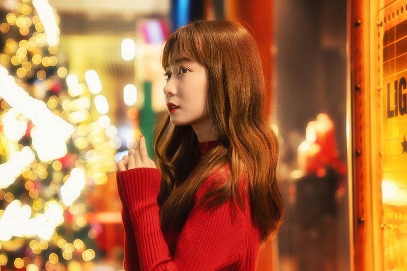 Thiếu nữ Sài thành xinh đẹp đón mùa Giáng sinh - Ảnh 5.