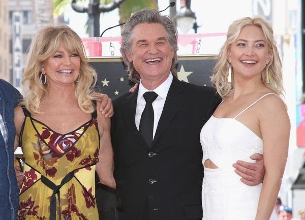 Nữ diễn viên 73 tuổi hạnh phúc bên bạn trai kém 6 tuổi - Ảnh 9.