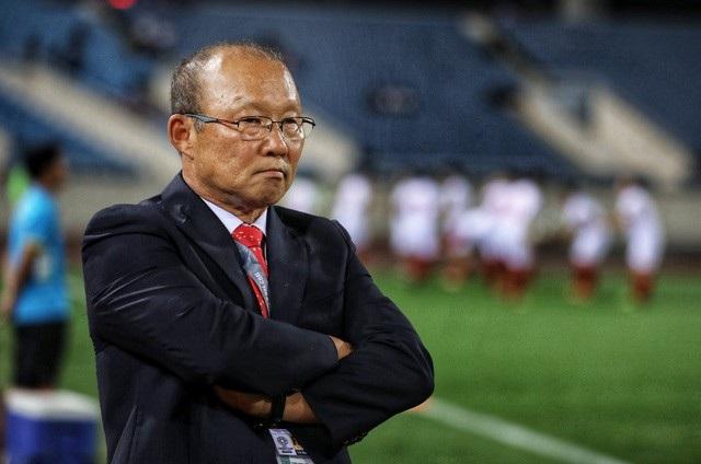 """Câu nói """"Tôi chưa thể sánh với Eriksson"""" của HLV Park Hang Seo vào đề Văn - Ảnh 1."""