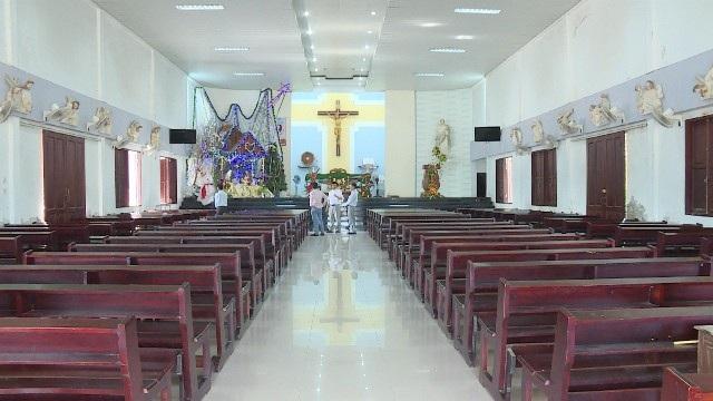 Nhà thờ nơi một tiếng gà gáy 3 tỉnh đều nghe giản dị đón giáng sinh an lành - Ảnh 11.