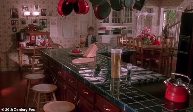 Có phải cậu bé trong Home Alone bị gia đình cố tình cho… ở nhà một mình? - Ảnh 9.