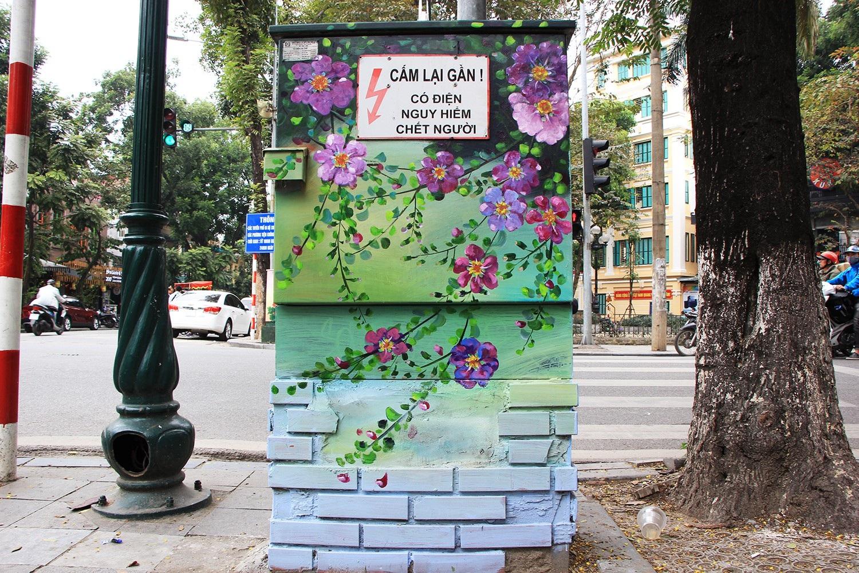"""Những tủ điện """"nở hoa"""" ở Hà Nội - Ảnh 3."""