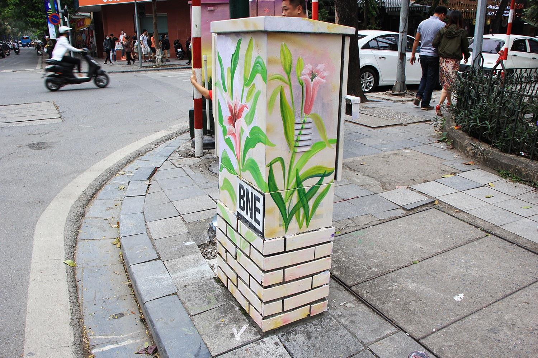 """Những tủ điện """"nở hoa"""" ở Hà Nội - Ảnh 11."""