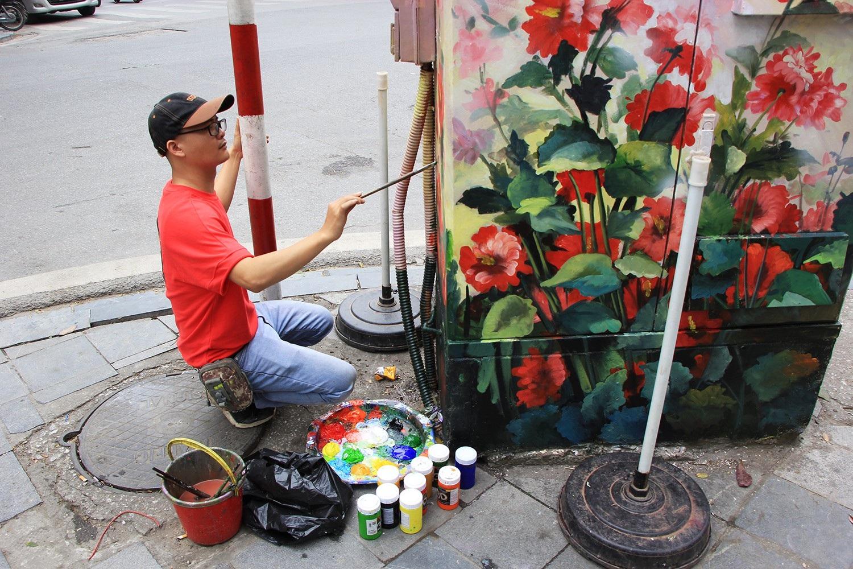 """Những tủ điện """"nở hoa"""" ở Hà Nội - Ảnh 4."""