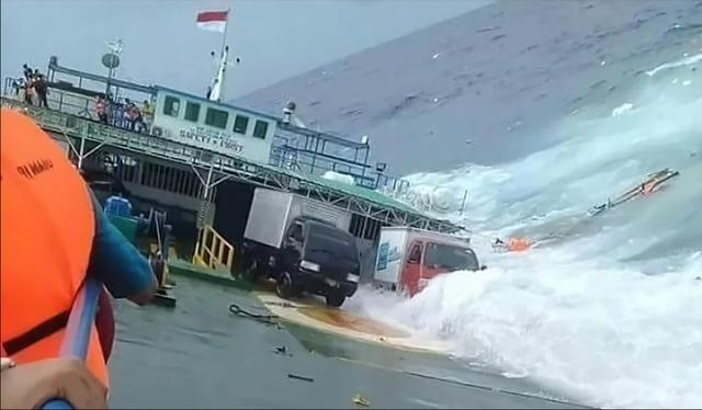 """Indonesia """"oằn mình"""" hứng chịu thảm họa liên tiếp trong năm 2018 - Ảnh 2."""