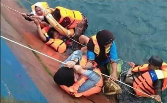 """Indonesia """"oằn mình"""" hứng chịu thảm họa liên tiếp trong năm 2018 - Ảnh 3."""