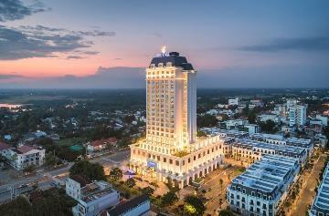 Vinpearl Hotel Tây Ninh rực rỡ khai trương trong ngày Giáng Sinh - Ảnh 12.